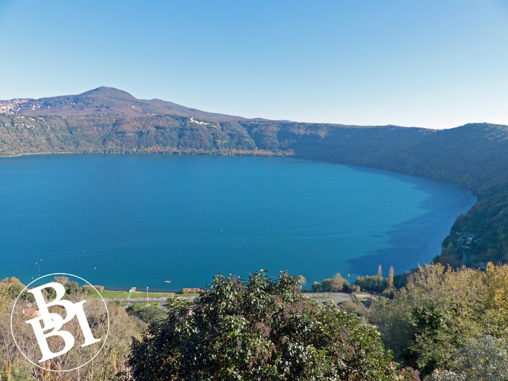 Lake Albano, surrounded by hills