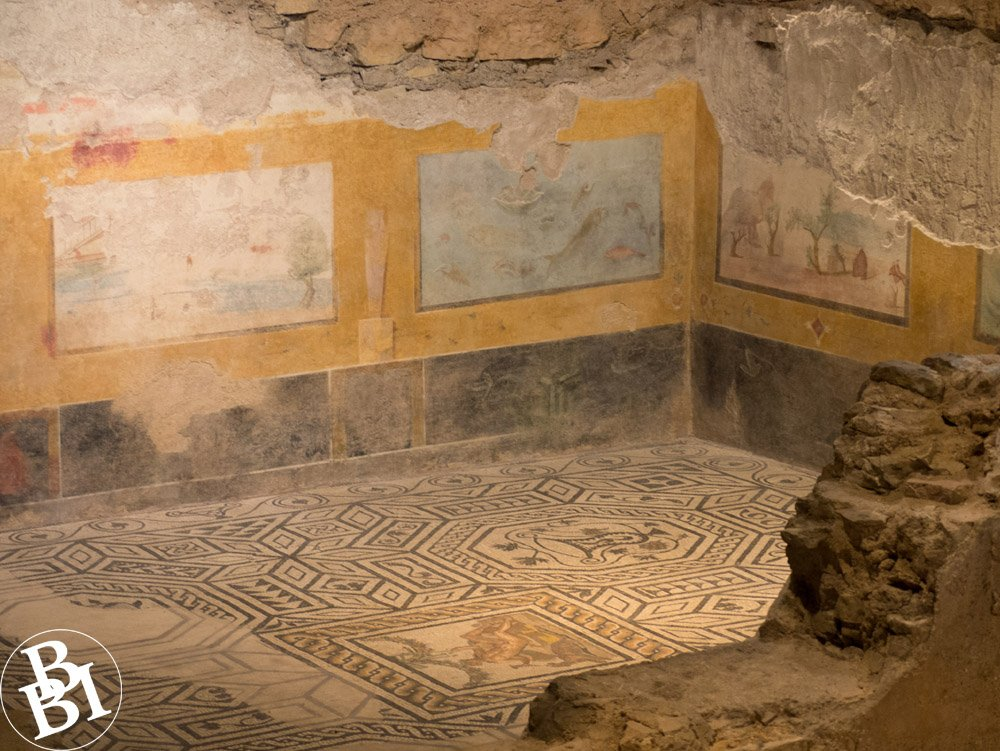 Roman villa with mosaic floor