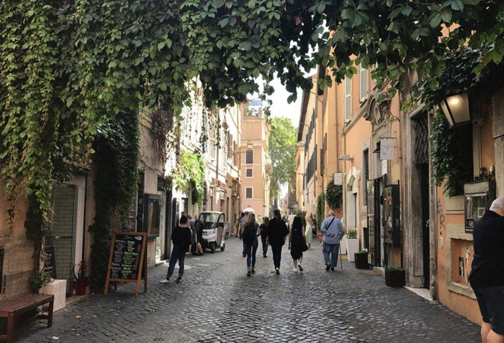 Street scene in Trastevere